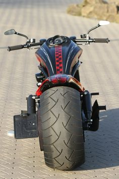 Harley-Davidson V-Rod with Thunderbike Monocok Stealth and Fat-Ass kit