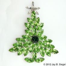 Dominique LARGE Christmas Tree Pin Peridot Green Rhinestones