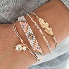Resultado de imagem para diy beaded bracelet set