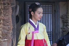 Arang and the Magistrate(Hangul:아랑사또전;hanja:阿娘使道傳;RR:Arangsatojeon; also known asTale of Arang) is a 2012South Koreanhistorical television drama, starringLee Joon-gi,Shin Min-ahandYeon Woo-jin. The period horror-romance is based on thefolklore of Arang, who died unjustly and returns as a ghost in order to reveal the circumstances surrounding her death.[1][2][3]It aired onMBCfrom August 15 to October 18, 2012 on Wednesdays and Thursdays at 21:55 for 20 episodes.