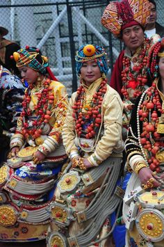 Amazing jewellery owned by Tibetans in Kham as family heirlooms and insurance against hard times. Khampa Tibetan women in Kangding (Dartsedo), Kham, Tibet