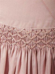 Beaded Smocking with matching embroidery floss, classic and beautiful … Smocking Baby, Smocking Plates, Smocking Patterns, Sewing Patterns, Ribbon Embroidery, Embroidery Stitches, Punto Smok, Canadian Smocking, Smocking Tutorial
