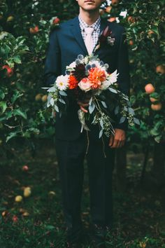 Beautiful wild bouquet | Chelsea Diane Photography