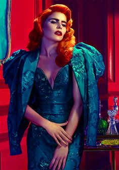 Paloma Faith, a real Century style icon. Always perfect hair & make up Eccentric Style, Crazy Colour, Celebs, Celebrities, Red Hair, Editorial Fashion, Beautiful People, Pin Up, Fashion Photography