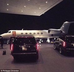 luxo estilo de vida marketing: 3 maneiras de apelar para o estilo de vida . Luxury Travel, Luxury Cars, Luxury Homes, Luxury Yachts, Boujee Lifestyle, Wealthy Lifestyle, Luxury Lifestyle Fashion, Silver Linings, Jet Privé