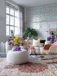 Inredningstrender 2021 – så ska vi inreda våra... | Leva & bo Inspiration Boards, Home Decor Inspiration, Beautiful Interiors, Decoration, Small Spaces, Accent Chairs, Room Wallpaper, Wallpaper Ideas, Throw Pillows