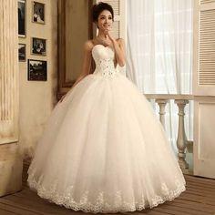 30 Vestidos de Noiva Rodado: Curto, Longo, Tule, Renda                                                                                                                                                                                 Mais