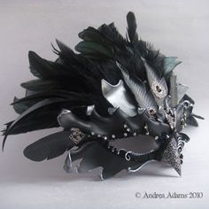 Halloween Masquerade, Halloween Makeup, Masquerade Masks, Halloween Ideas, Halloween Party, Raven Costume, Raven Mask, Very Beautiful Flowers, Queens Jewels