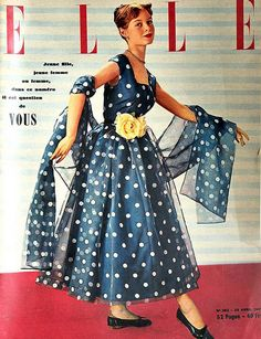 Cover 70 - . [b]ELLE-April 1951[/b] [i]Cover: Model Brigitte Anne-Marie Bardot[/i] [i] 16 años, antes de ser actriz[/i] http://www.fotolog.com/bbrigittebb ♥ - Fotolog