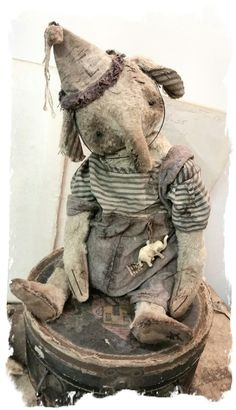 """Image of NEW DESIGN *  Antique Style 11"""" Old Clown ELLYFONT * By Whendi's Bears"""