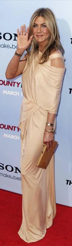 Jennifer Aniston in Donna Karan