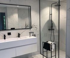 Serene Bathroom, Modern Bathroom Design, Bathroom Interior Design, Bathroom Black, Bathroom Marble, Bathroom Mirrors, Bathroom Designs, Bathroom Canvas, Marble Tiles