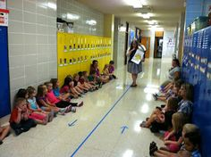 Hallway Behavior Lesson... gotta add this one to the beginning of the school year!