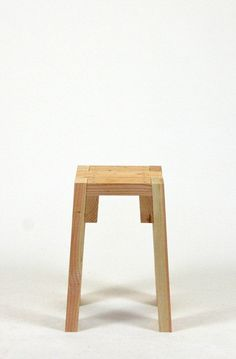 2×4 STOOLS - front view Modern furniture from common lumber by Sander Viegers.