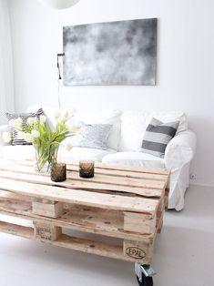 Stina Andersens pallebord. Steg for steg-guide. Trendy møbler av paller (VG+). Foto: STINA ANDERSEN