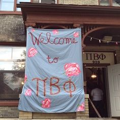 Cute Pi Phi sign with carnations #piphi #pibetaphi