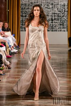 Toufic Hatab Fall-winter 2015-2016 - Couture - http://www.flip-zone.com/fashion/couture-1/independant-designers/toufic-hatab-5726