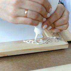 ИЗ ТОГО, ЧТО ПОД РУКАМИ - рукоделие, декор, дизайн — ☼ ОБНОВЛЯЕМ МЕБЕЛЬ   OK.RU Diy Plaster, Plaster Paint, Plaster Crafts, Crafts For Girls, Hobbies And Crafts, Diy And Crafts, Glue Crafts, Homemade Polymer Clay, Paris Crafts
