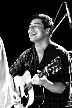 Marcus Mumford.. You beautiful soul.