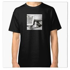 'ill (vinyl square version)' Classic T-Shirt by whythelpface Ian Curtis, John Boyega, Beastie Boys, Mark Hamill, Harrison Ford, Vinyl Cover, Carrie Fisher, Ill Communication, Vinyl Records