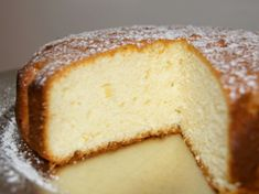 Simple and easy recipe for a delicious Lemon and Yoghurt Cake Maseca Recipes, Greek Yogurt Cake, Cake Recipes, Dessert Recipes, Lemon Muffins, Special Recipes, No Bake Cake, Cupcake Cakes, Thermomix