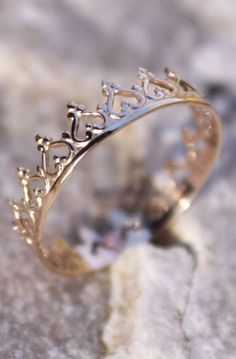 14K Solid Gold Crown Princess Tiara Stacking Ring