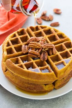 *Used recipe for TWO and it made FOUR waffles :)* Healthy pumpkin waffles from scratch are so easy to make in just one bowl. This recipe for homemade whole wheat pumpkin waffles is the best cozy fall breakfast. Savory Pumpkin Recipes, Healthy Pumpkin, Vegan Pumpkin, Baked Pumpkin, Pumpkin Chili, Pumpkin Pumpkin, Pumpkin Bread, Breakfast Food List, Breakfast Recipes