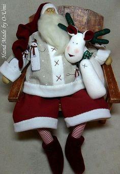 Куклы Тильды ручной работы. Ярмарка Мастеров - ручная работа Санта-Клаус и  белый олень. Handmade.