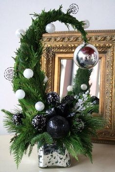 Bildergebnis für topp bastelbücher ländliche winterwelt - All About Gardens Grinch Christmas, Diy Christmas Tree, Christmas Projects, Winter Christmas, Christmas Holidays, Christmas Wreaths, Christmas Ornaments, Natural Christmas, Rustic Christmas