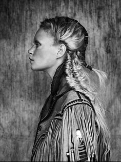 Boho Life and style inspiration for women Sandro, Navajo, Mermaid Braid, Cherry Blossom Girl, Boho Life, Fishtail, Hair Trends, Hair Inspiration, Fashion Inspiration