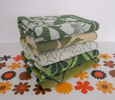 1970s 70s Instant Collection Gypsy Set of 5 Bath Towels in Greens - Hippy Boho Chic Folk