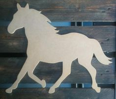Silhouette wood medium to paint as you wish. Silhouette Dragon, Animal Silhouette, Horse Stencil, Animal Stencil, Cowboy Crafts, Horse Crafts, Cardboard Crafts, Wood Crafts, Horse Birthday Parties