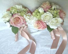 Love this pink color ribbon for my bouquet
