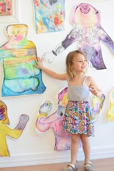 Fun art project for back to school or an all about me unit. Body tracing self portrait! Junior primary