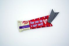 """Printable """"Hope Your Day is Super Sweet"""" Valentine's Day Wrappers for Snack Bars - HomeRoom Mom"""