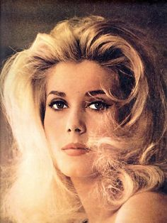 Catherine Deneuve- so pretty