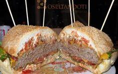 @Chefs4Passion  A #Tavola  il #piatto principale racconterà l'#atmosfera agli #ospiti. http://www.ospitandoti.com/hamburgerata-e-partita-di-calcio/…