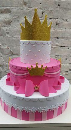 Candy Birthday Cakes, Gold Birthday Cake, Wedding Cake Designs, Wedding Cakes, Christening Cake Girls, Bolo Fack, Torta Baby Shower, Fiesta Cake, Birthday Party Design