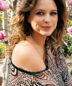 Step inside the world of Josie Maran with beauty expert Annie Atkinson here on Beauty Nation! Josie Maran, Juicing For Health, Perfect Skin, Glowing Skin, Healthy Skin, Health And Beauty, Interview, Skin Care, Beautiful