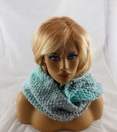 New Handmade Knit Cowl Infinity Scarf Boucle Yarn Turquoise White Gray 60x10"
