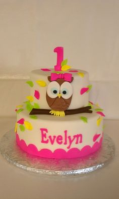 owl themed 1st birthday party | Owl themed birthday party / First Birthday Owl themed cake by Little ...