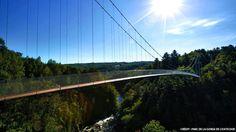 Pont suspendu au Parc de la Gorge de Coaticook. Cantons-de-l'Est