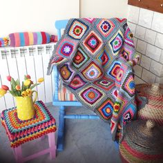 Vstitch square blanket @ le monde de sucrette - with link to purchase pattern