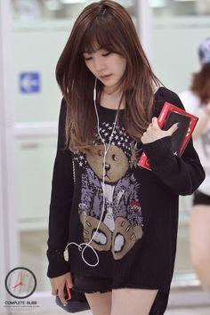 Tiffany SNSD airport fashion june 2014