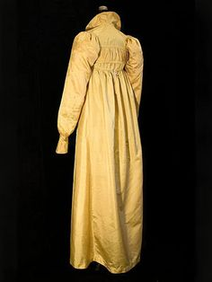 Gold silk dress with matching Spencer jacket, c.1805. From a Philadelphia estate. vintagetextile.com