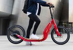 AER Electric has redesigned and reformed the electric scooter. Designed especially for adults, the AER 557 with direct drive hub motor aims to be a high-performance e-scooter that works and rides differently than any others. Electric Bike Kits, Electric Scooter, Electric Motor, Best E Bike, Scooter Design, Bike News, Kick Scooter, Motor Scooters, Transportation Design