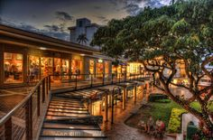 Night shopping at the Whaler's Village in Kaanapali. photo by Jeff Osban
