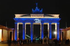 Brandenburger Tor /// Brandenburg Gate @ Berlin FESTIVAL OF LIGHTS 2007 (c) Festival of Lights / Christian Kruppa #Berlin #FestivalofLights #BrandenburgerTor #BrandenburgGate