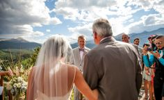 Wedding Photography | The Lodge at Breckenridge, Colorado | http://thelodgeandspaatbreck.com/