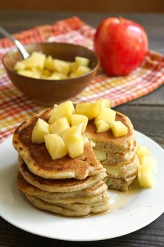 These gluten free apple pancakes are the perfect fall breakfast! My family loves this healthy recipe for an autumn morning. Waffle Recipes, Brunch Recipes, Fall Recipes, Brunch Dishes, Oreo Dessert, Fall Breakfast, Healthy Breakfast Recipes, Vegetarian Breakfast, Health Breakfast